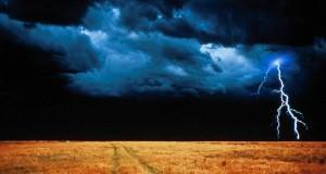 POČASIE: Búrky a krúpy na Záhorí!