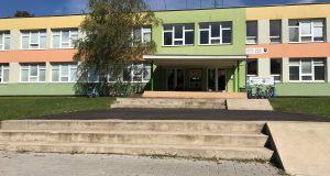 Viceprimátor Skalice požiadal o poverenie rokovať s vlastníkom ZŠ Strážnická