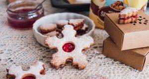 Slovenské Vianoce s tradičným sladkosťami. Na múku Babičkina voľba sa môžete vždy spoľahnúť.