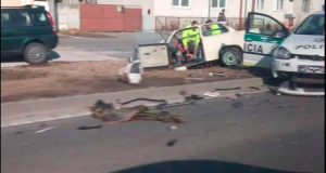 V Kútoch sa zrazil Trabant s Políciou