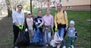 Dobrovoľníci v Skalici si upratali svoje kráľovské mesto!