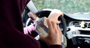 Mladý šofér za Senicou nafúkal 1,06 promile