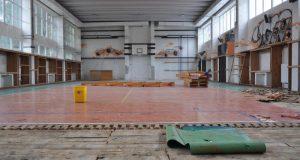 Mesto Senica rekonštruuje telocvičňu na J. Mudrocha