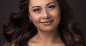 Predstavujeme finalistky MISS Záhoria. 6 – Júlia Ngová